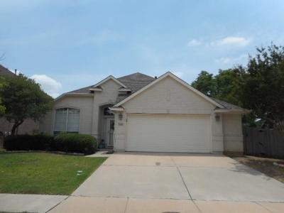 Haltom City Single Family Home Active Option Contract: 5032 San Jacinto Drive