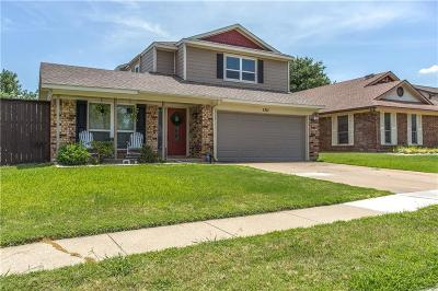 Grapevine Single Family Home For Sale: 1711 Stoneway Drive