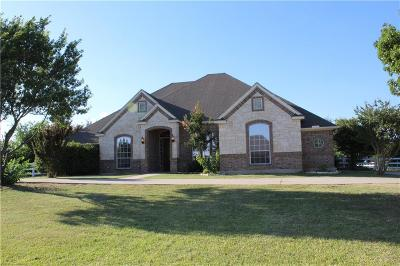 Haslet Single Family Home For Sale: 1909 Meadow Springs Drive