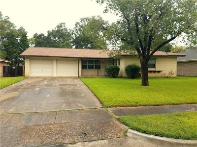 Farmers Branch Single Family Home For Sale: 2977 Cameo Lane