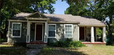 Denton Multi Family Home For Sale: 615 Coit Street