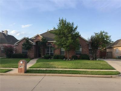 North Richland Hills Single Family Home For Sale: 9200 Edgemont Drive