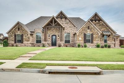 Keller Single Family Home Active Option Contract: 812 Regal Crossing