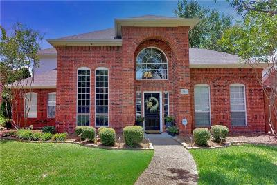 Plano Single Family Home For Sale: 704 Pine Lakes Drive