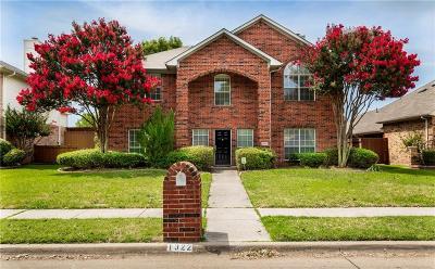 Single Family Home For Sale: 1322 Black Oak Drive