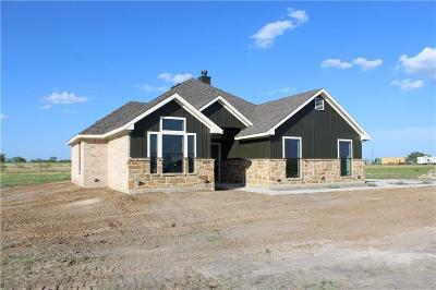 Ennis Single Family Home For Sale: 160 Grays Creek Circle