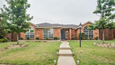 Frisco Single Family Home For Sale: 10861 Castle Drive