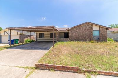 Watauga Single Family Home For Sale: 6436 Rebecca Lane