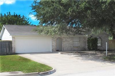 Benbrook Single Family Home For Sale: 1011 Darnell Avenue