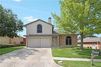 Benbrook Single Family Home For Sale: 10605 Cobblestone Drive