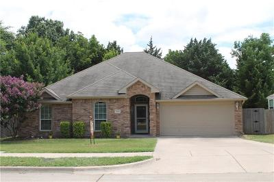 Midlothian Single Family Home For Sale: 5810 Emily Court