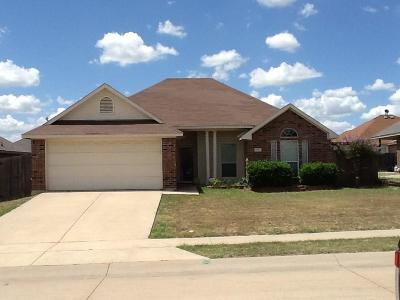 Waxahachie Single Family Home For Sale: 605 Jordan Lane