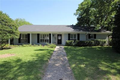 Single Family Home For Sale: 3427 Longmeade Drive