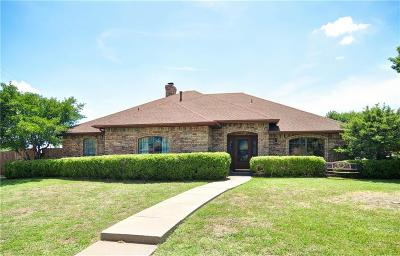 Garland Single Family Home For Sale: 2529 Country Club Parkway