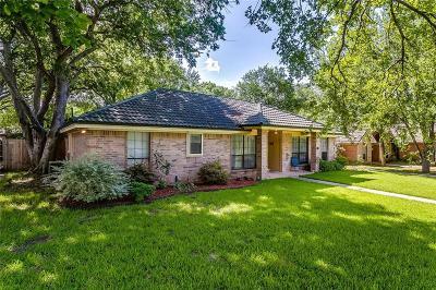 Azle Single Family Home For Sale: 105 Robinwood Lane