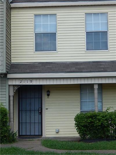 Dallas Townhouse For Sale: 2119 Aspen Drive