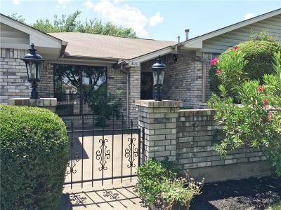 Quinlan Single Family Home For Sale: 300 N Elm