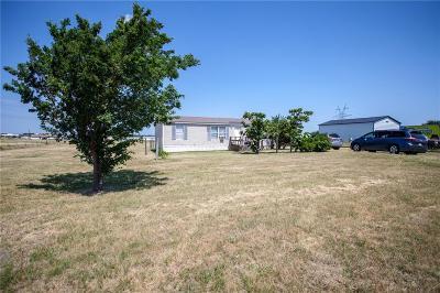 Joshua Single Family Home For Sale: 5913 Black Springs Lane