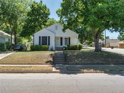 Single Family Home For Sale: 2537 McCart Avenue