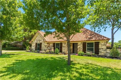 Bedford Single Family Home For Sale: 2320 Stonegate Drive N