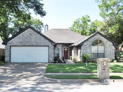 Bedford, Euless, Hurst Single Family Home For Sale: 2604 Tall Meadow Court