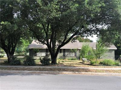 Cleburne Single Family Home For Sale: 1308 Poindexter Avenue