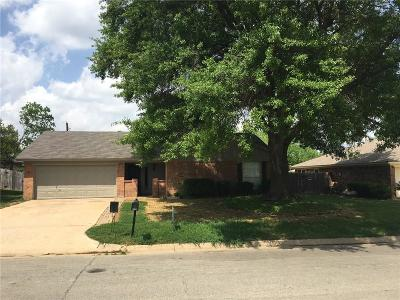 North Richland Hills Residential Lease For Lease: 7461 Timberhill Drive
