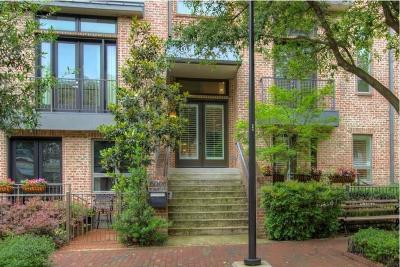 Addison Residential Lease For Lease: 5008 Morris Avenue