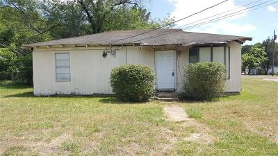 Dallas Single Family Home For Sale: 7802 Cup Circle