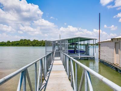 Hickory Creek Single Family Home For Sale: 121 Wild Oak Lane