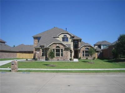 Forney Single Family Home For Sale: 253 Fox Hollow Street