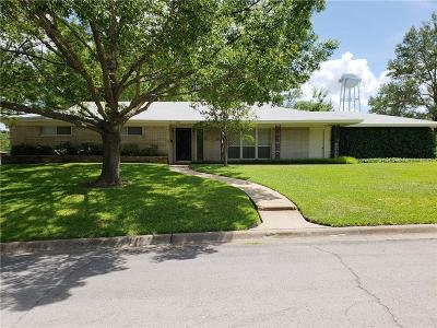 Benbrook Single Family Home For Sale: 8029 Northbrook Drive