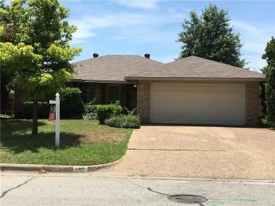 Fort Worth Single Family Home For Sale: 1917 Willow Vale Drive