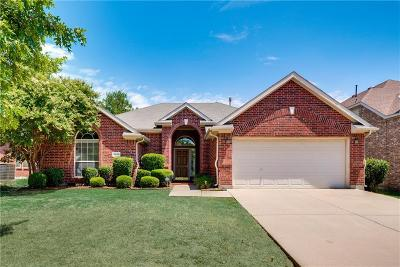 Grand Prairie Single Family Home For Sale: 2826 Rochester Court