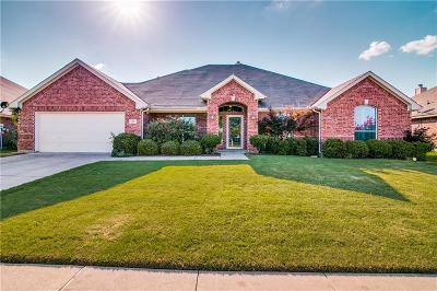 Forney Single Family Home For Sale: 120 Chinaberry Trail