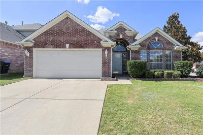 Fort Worth TX Single Family Home For Sale: $218,000