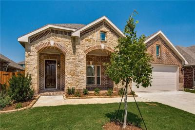 Fort Worth Single Family Home For Sale: 616 Fox View Drive