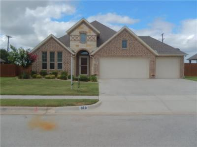 Weatherford Single Family Home For Sale: 818 Magnolia Drive