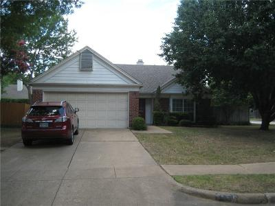 Grand Prairie Single Family Home Active Option Contract: 4421 Columbia Street