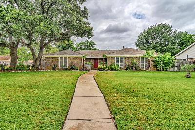 Arlington Single Family Home For Sale: 2520 Ashbury Drive