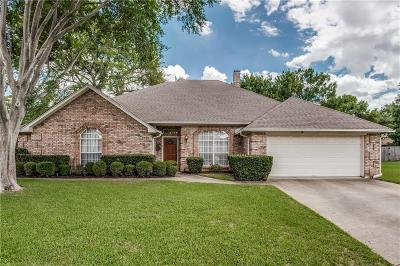 Bedford Single Family Home For Sale: 3700 Wimberly Drive
