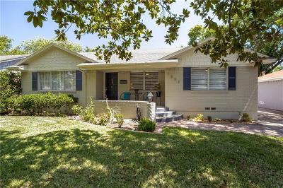 Dallas Single Family Home For Sale: 7003 Wake Forrest Drive