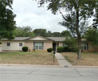 Azle Single Family Home For Sale: 717 James Street