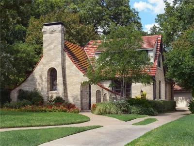 Dallas Single Family Home For Sale: 7203 Lakewood Boulevard