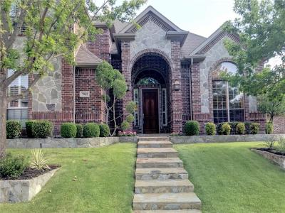 North Richland Hills Single Family Home Active Kick Out: 7912 Sheffield Court