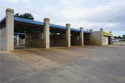 Paris TX Commercial For Sale: $850,000