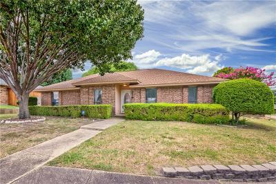 Coppell Single Family Home For Sale: 219 Barclay Avenue