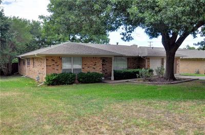 Fort Worth Single Family Home For Sale: 6304 Trail Lake Drive