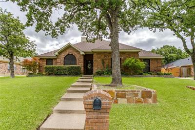 North Richland Hills Single Family Home For Sale: 7316 Red Oak Street