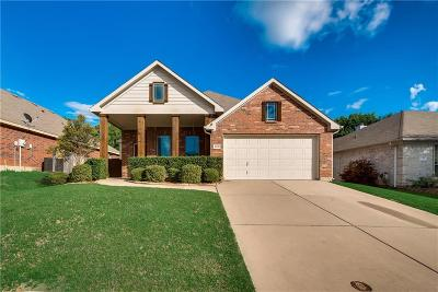 Mansfield Single Family Home For Sale: 1106 Thicket Drive